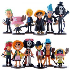 Straw Pirate Figures