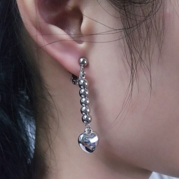 hisoka heart earrings